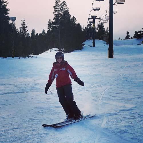Melissa Wolak, skiing